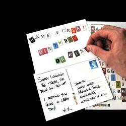Carte postale chantage avec lettres adhésives