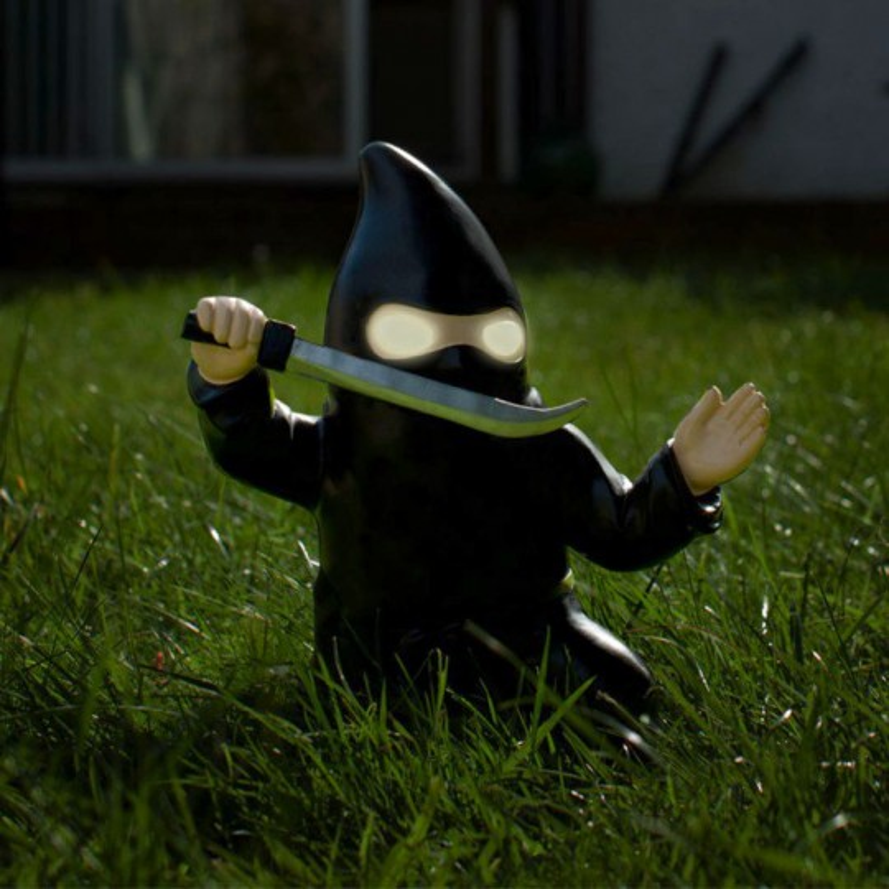 Nain de jardin solaire Ninja