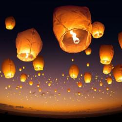 Lot de cinq Lanternes volantes