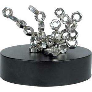 Vente Sculpture magnétique Ecrous