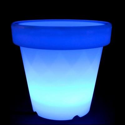 un pot de fleur avec éclairage à LEDs