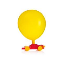 Voitures de course ballons