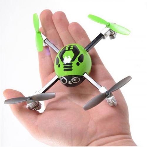 Micro drone radiocommandé pour les geeks