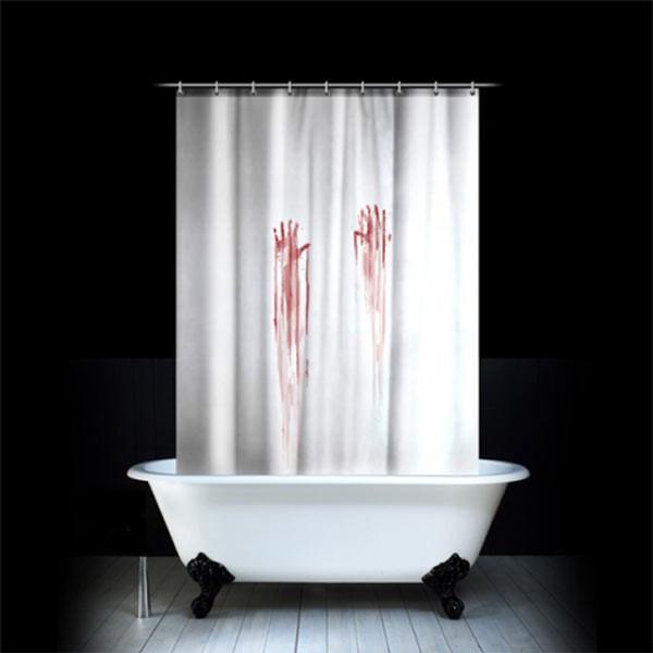 Rideau de douche ensanglanté