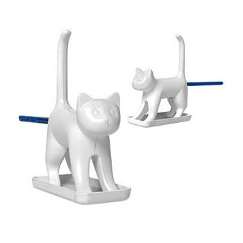 Chat taille-crayon blanc