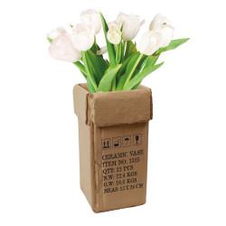 """Vase """"Carton"""" en céramique"""