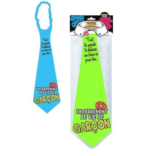 une cravate originale pour EVG